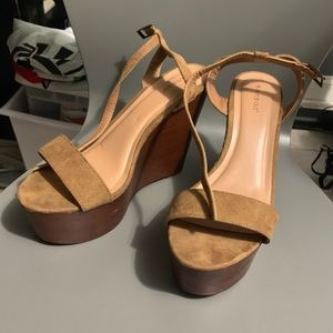 Wedges size 9